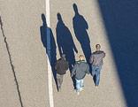 Silhouetten von drei Personen