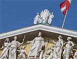 Fahne auf dem Parlamentsgebäude