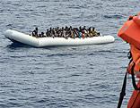 Flüchtlinge auf einem Schlauchboot