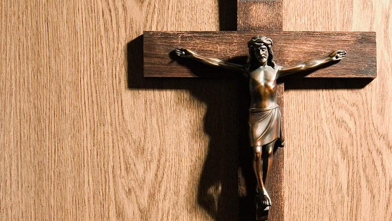 Kreuz an einer Wand