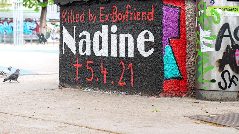 Graffiti zum Thema Femizide am Wiener Yppenplatz